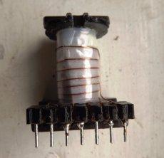 Автоматическое импульсное зарядное устройство для автомобильного аккумулятора (схема, чертежи платы, фото)